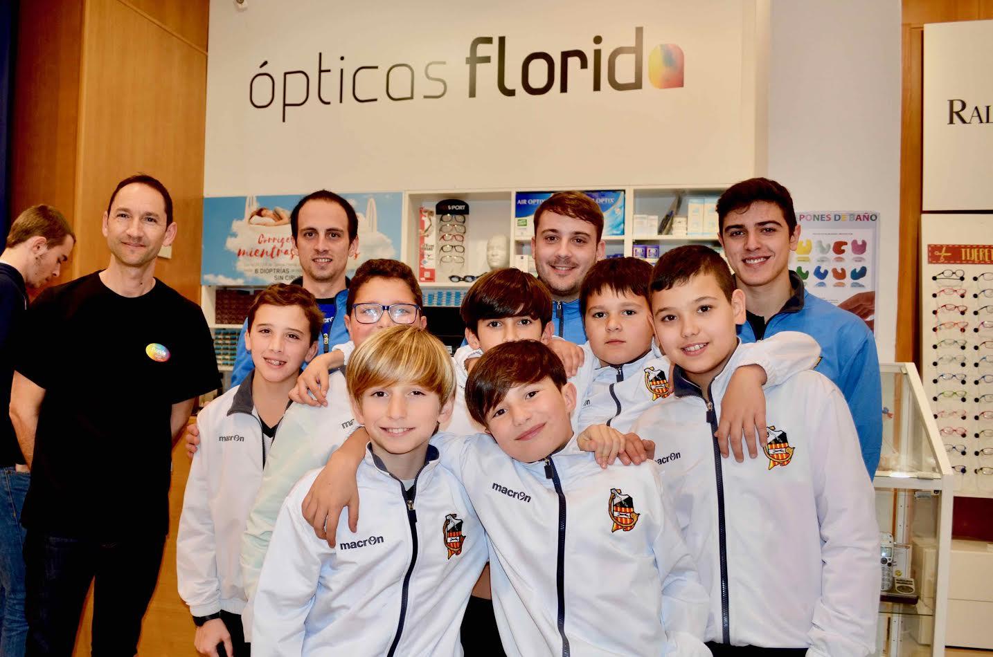 Visita formativa de nuestro Alevín D a Ópticas Florida ...